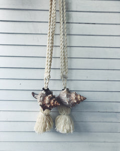 Macrame Twist - KINA shell: Curtain Tie Back
