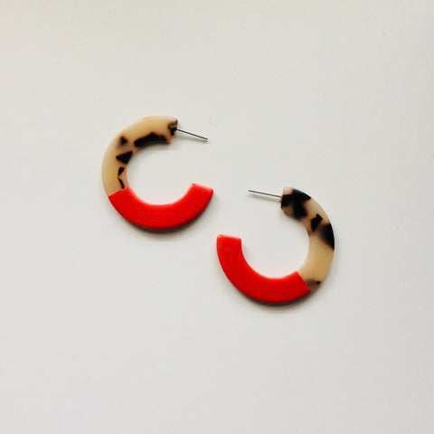 Resin Red + Tortoise Hoops - My Store