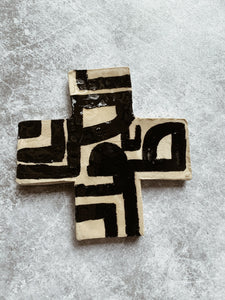 AKINA - Monochrome Ceramic Cross