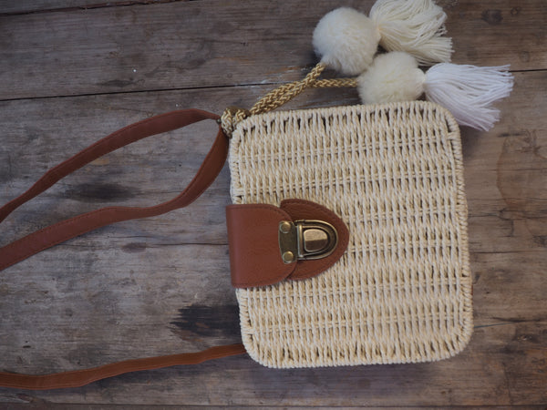 Cream Natural - Adventure Parcel Woven Straw Hand bag