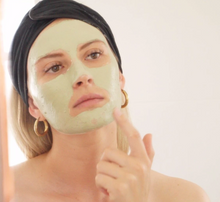 Load image into Gallery viewer, Sabbia Co matcha clay mask