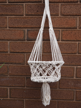 Load image into Gallery viewer, CREAM MACRAME PLANT HANGER