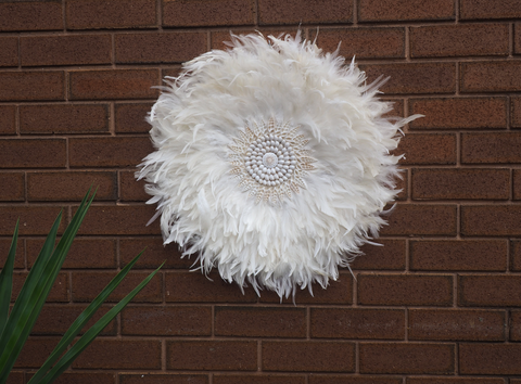 DETAILED OFF WHITE FEATHER JUJU  WITH CRISP WHITE SHELL DETAILING WALL HANGING