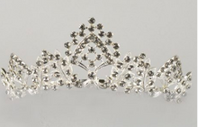 Load image into Gallery viewer, Studio 7 Dancewear / The Anne Large Tiara - TL01