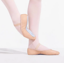 Load image into Gallery viewer, daisy full sole leather ballet shoe in pink for beginner ballerinas.
