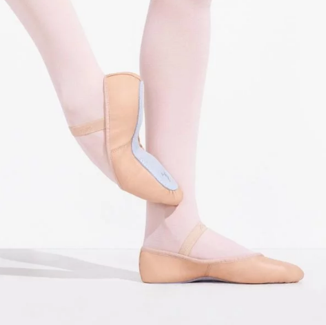 daisy full sole leather ballet shoe in pink for beginner ballerinas.