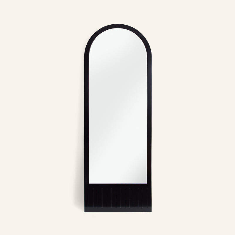 Arch Lean Mirror ∙ Jet Black
