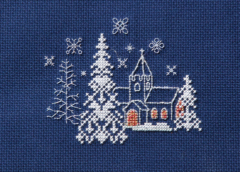 Bothy Threads - Counted Cross Stitch Kit - Christmas Card - Let it snow