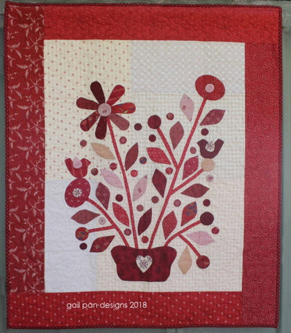 Gail Pan Red Delight wallhanging/miniquilt
