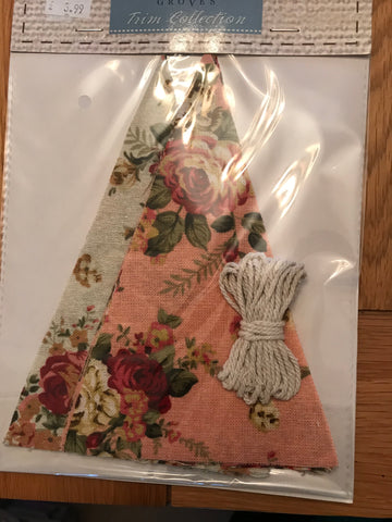 Groves Trim Collection - Bunting Kit - Pink/Cream Linen