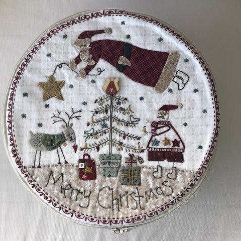 Lynette Anderson's The Christmas Box  Pattern