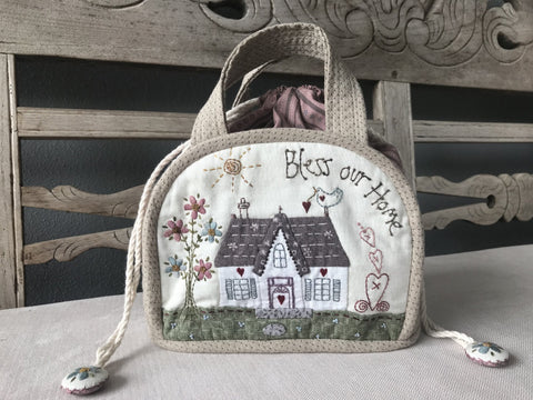Lynette Anderson  Bless our Home Bag pattern