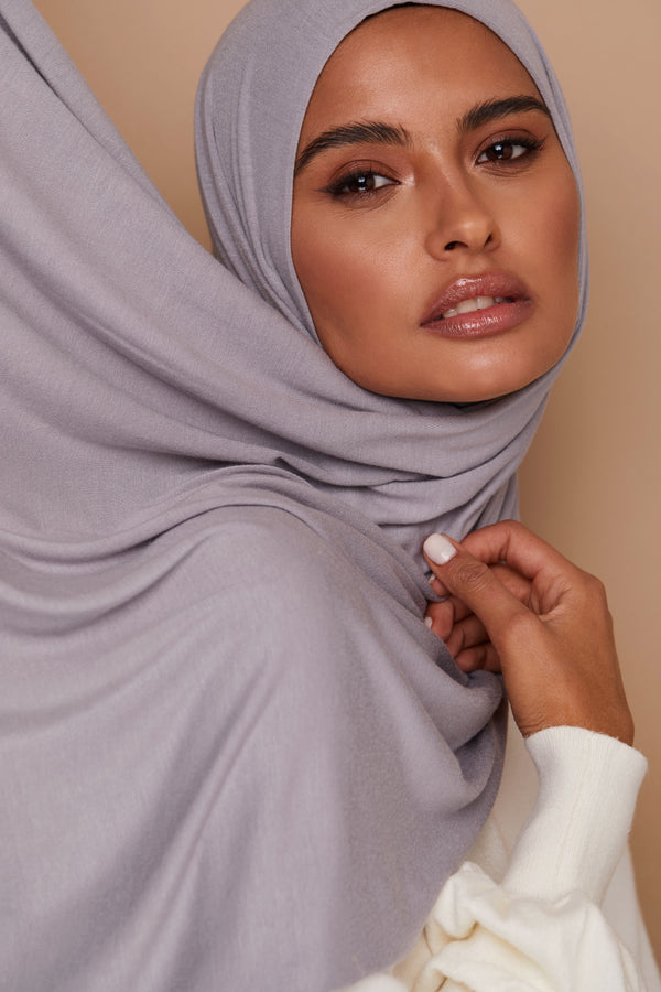 Chic Gray Premium Jersey Hijab | VOILE CHIC | Jersey Hijab