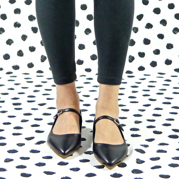 Dolly flat mary jane black