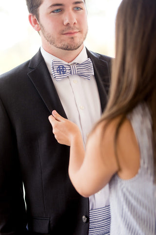 Easy Elegance Gifts - Seersucker Bow Tie - 1