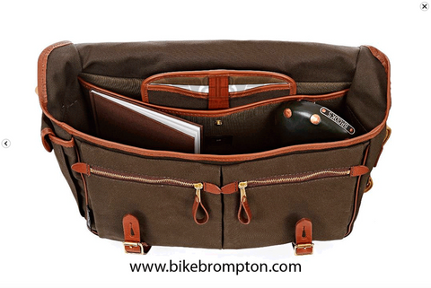 Brompton Game Bag - Waxed Peat Green, avec structure et housse imperméable