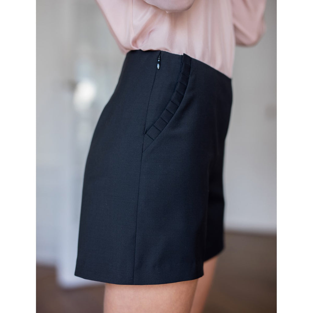 Navy Blue Wool Short Anaelle Sunday Life