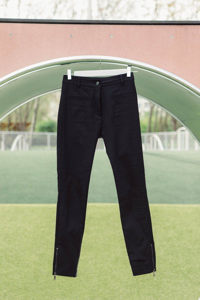 Women Straight black pants