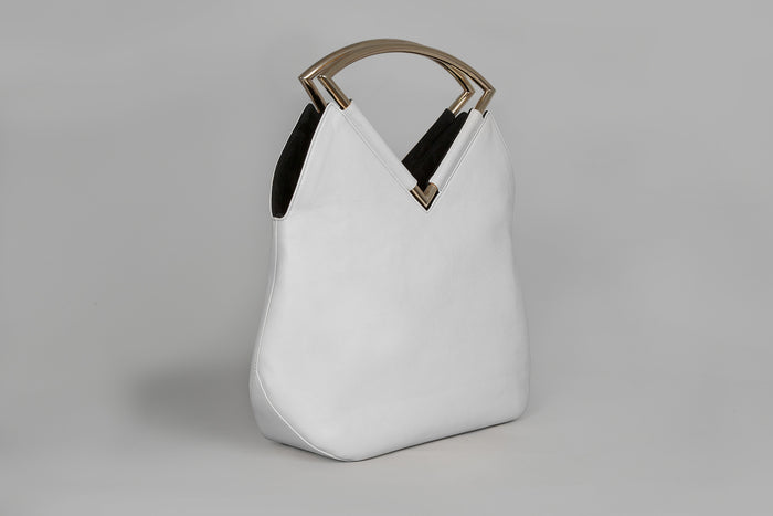 Reversible black and white hand bag by Versa Versa