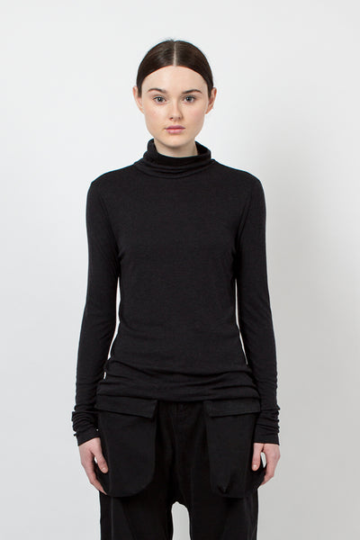 U1904 Slim Turtleneck Top