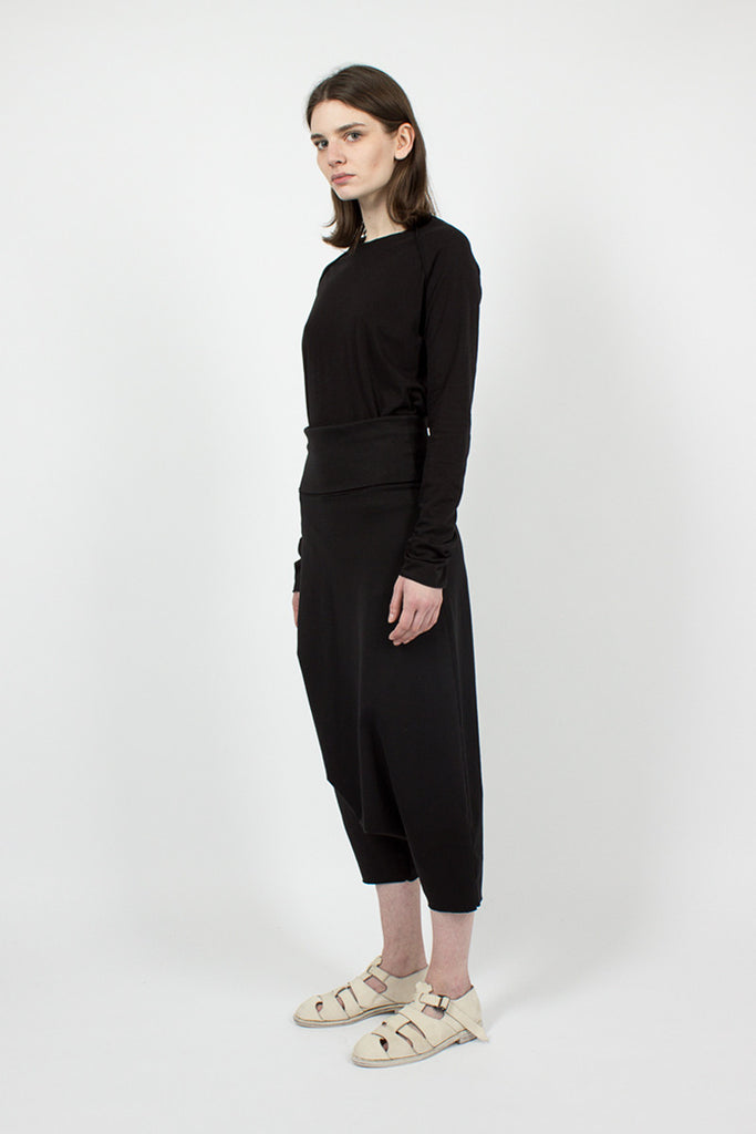 23_132 Black Harem Trousers
