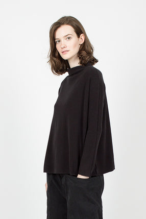 40_85 Easy High Neck Sweater