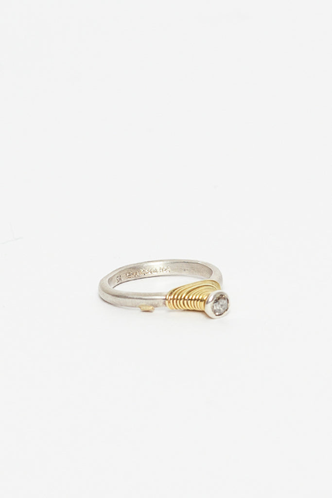 Amira Diamond And Yellow Gold Ring