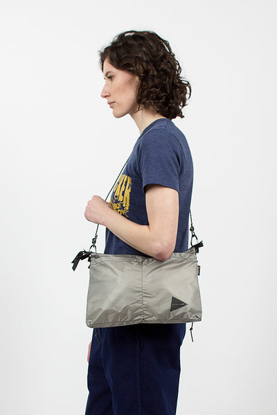 Sil Sacoche Light Grey Messenger Bag