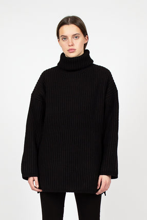 Disa Black Ribbed Jumper