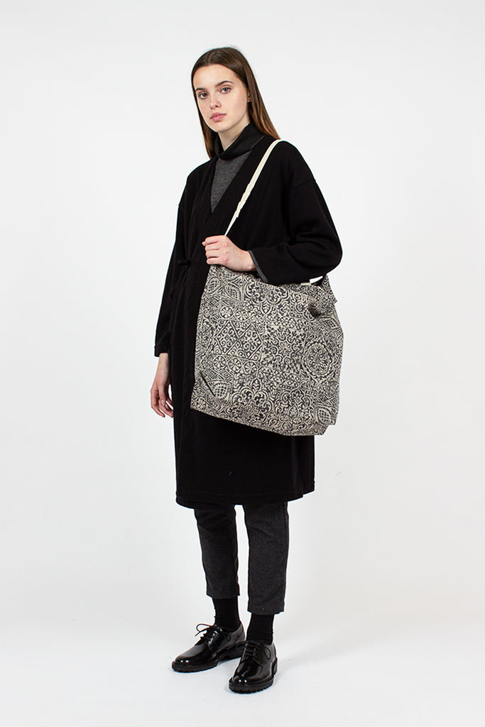 Rug Jacquard Carry All Tote