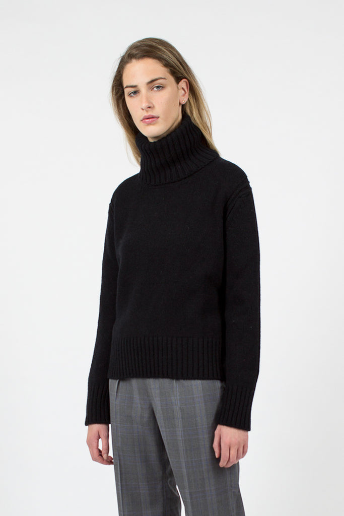 Roshin Lambswool Roll Neck