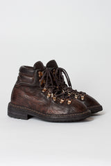 19 Brown Hiking Boot