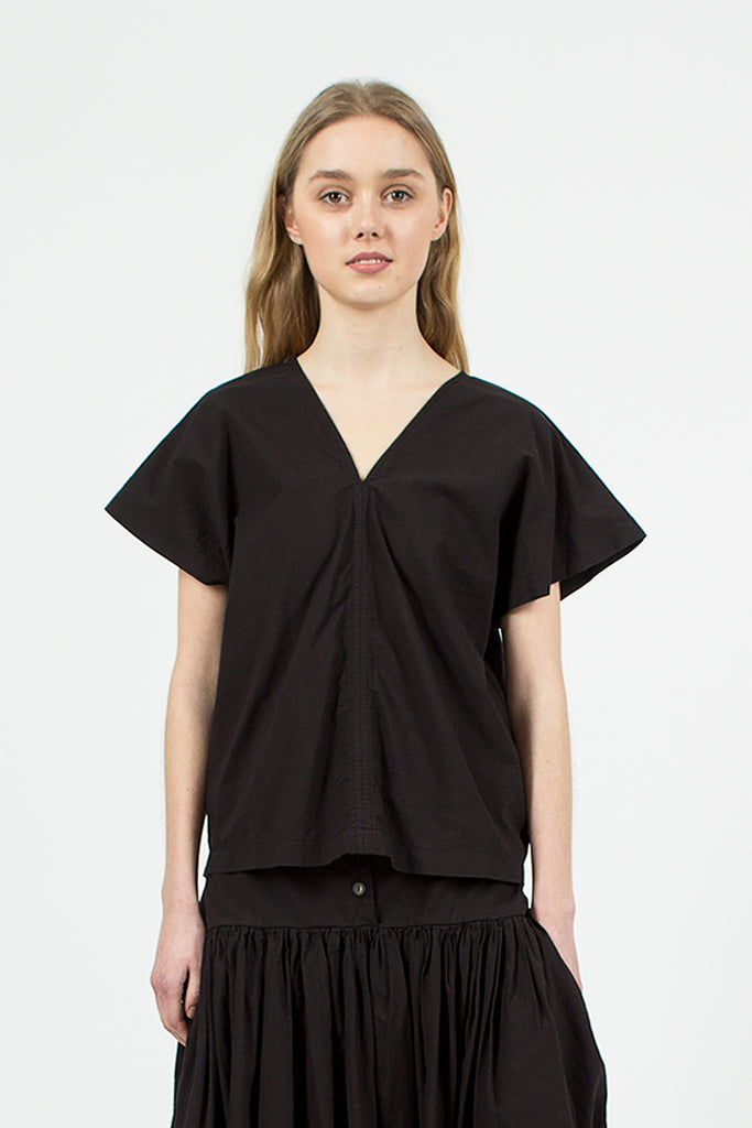 Two Panels Top Black