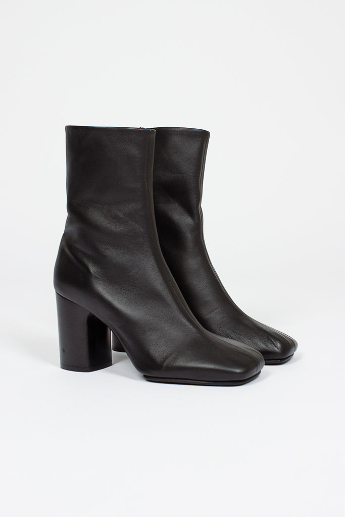Bathy Black Leather Ankle Boot