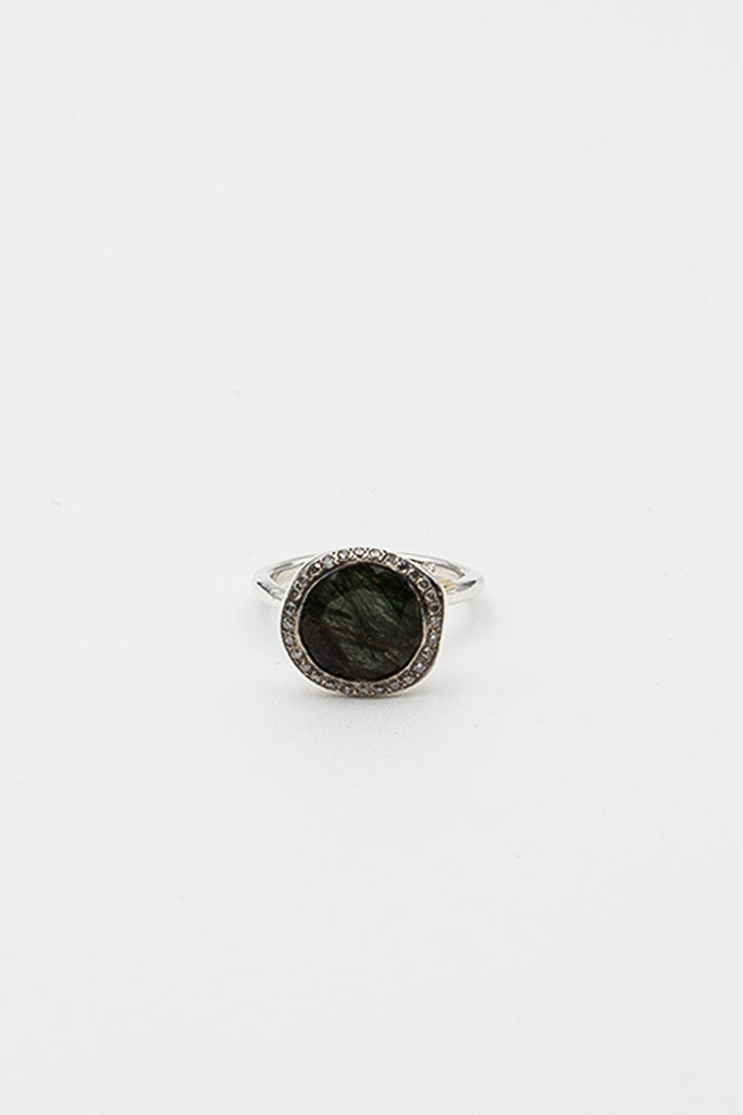 Begum Green Quartz Ring