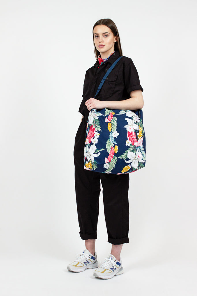 Carry All Tote Navy Hawaiian Floral