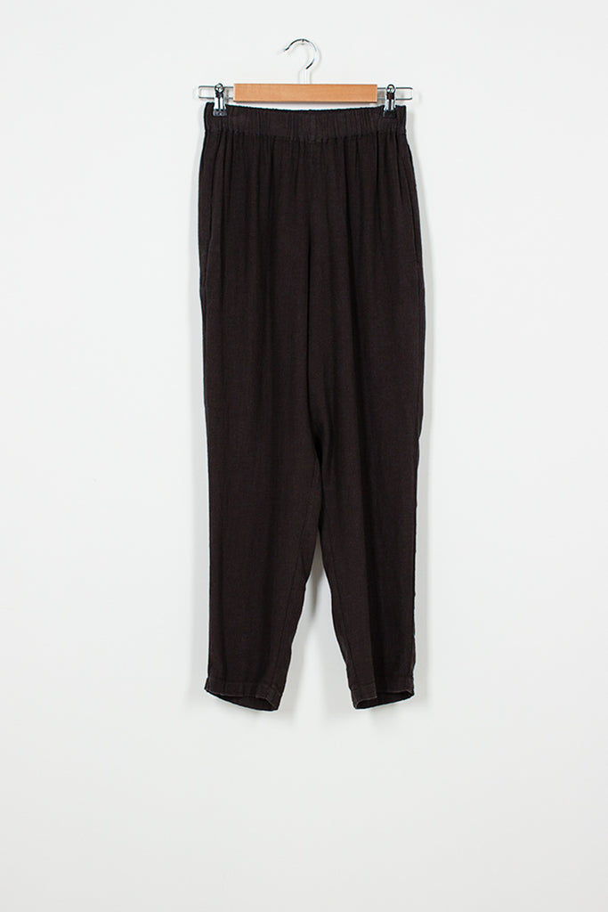 EP14 Black Easy Pants