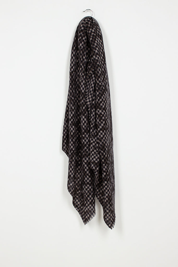 Black/Natural Checked Shawl