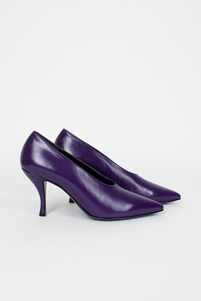 Pointed Purple Heel