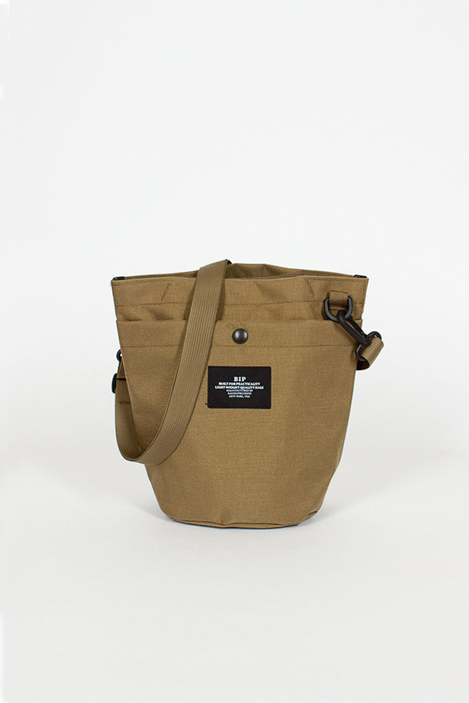 B.I.P Khaki New Small Circle Canvas Bag