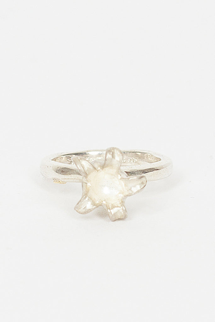 Valeria Flower Ring