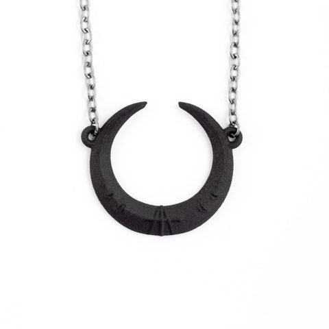 Eclipse Necklace in Black