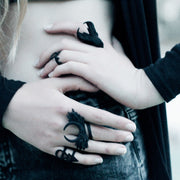Moonchaser ring in Black