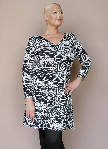 Black and White Animal Print Tunic Top