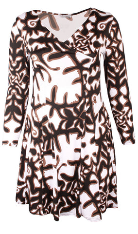 Black and White Print Tunic Top
