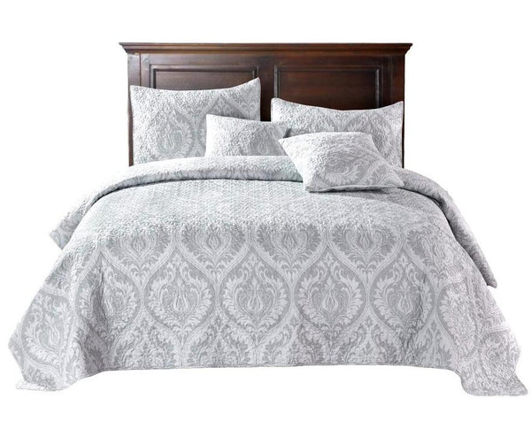 Bedspreads And Quilts Vs Coverlets And Comforters How Different