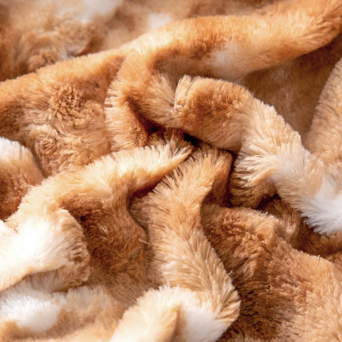 Throw Blanket - DaDa Bedding Luxury Plush Faux Fur Sherpa Throw Blanket, Pumpkin Orange Brown Rabbit (M3396) - DaDa Bedding Collection