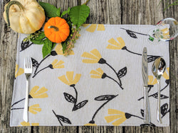 "Placemat - DaDa Bedding Fresh Sunshine Yellow Fleur Placemats, Set of 4 Tapestry 13"" x 19"" (18112) - DaDa Bedding Collection"