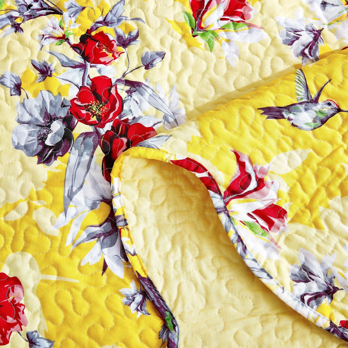 Bedspread - DaDa Bedding Radiant Sunshine Yellow Hummingbirds Floral Scalloped Bedspread Set (JHW-925) - DaDa Bedding Collection