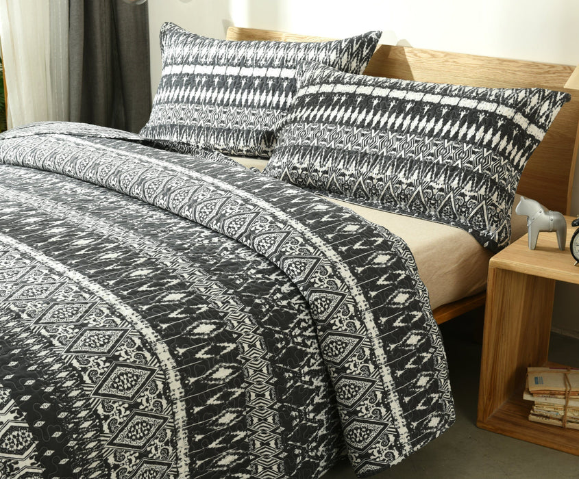 Bedspread - DaDa Bedding Aztec Geometric Stripes Quilted Coverlet Bedspread Set - Black & White Print (C14800-1) - DaDa Bedding Collection